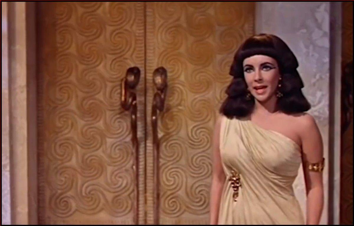 kleopatra güzele mi